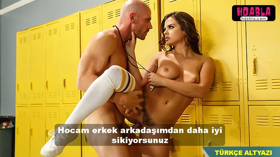 Okulun koçu Johnny sins öğrencisine göz dikiyor türkçe altyazılı