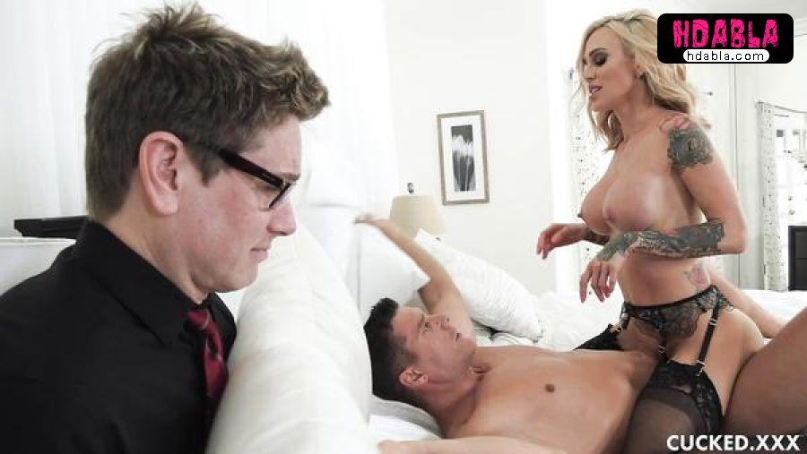 41 yaşındaki karım temizlikçiyle düzüşüyor yaşlı cuckold