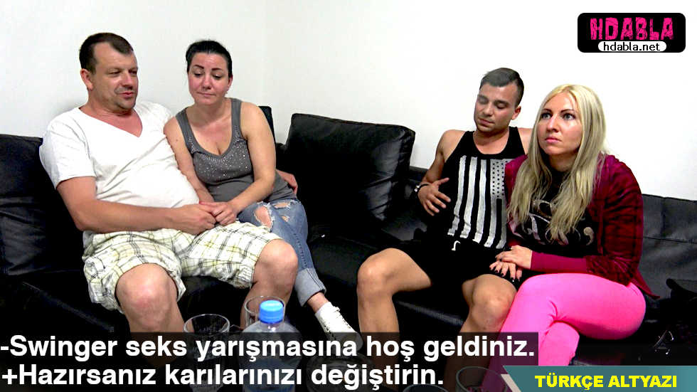 Czechli erkekler para için karılarını takaslıyor swinger Bölüm 1
