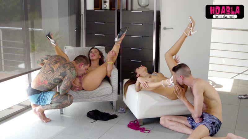 Zengin piçler havuzlu evde kızları swinger yaparak sikiyor