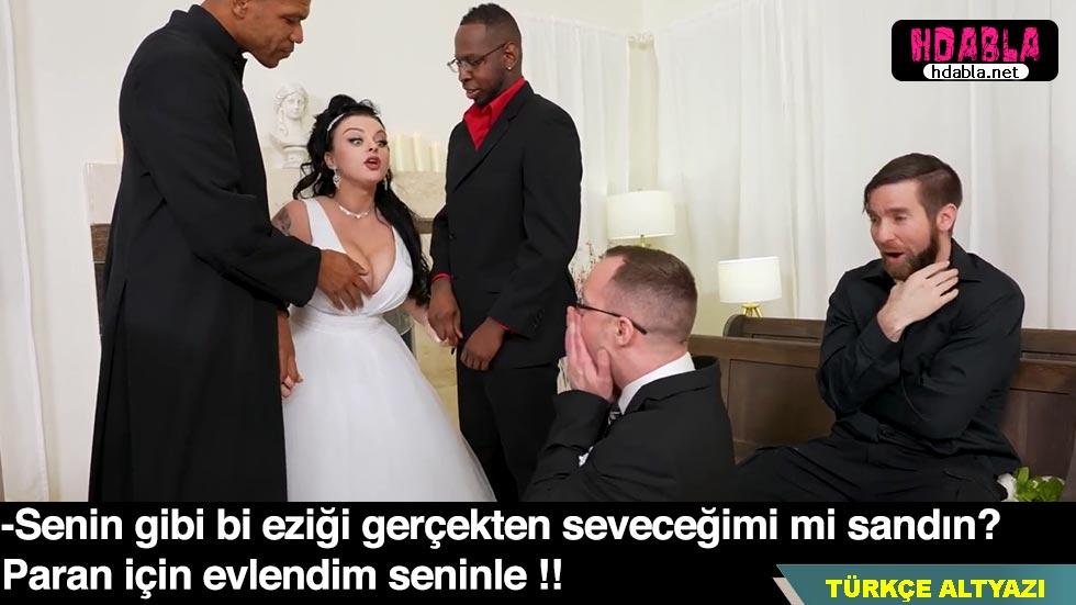 Arsız kadın nikahı kıydığı gibi kocasının gözü önünde sikişti