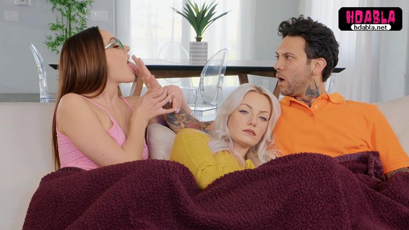 Eşim yanımdayken Baldızım battaniyenin altından sikimi emdi