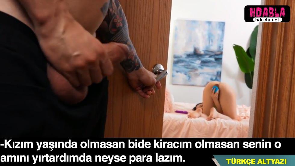 Evinin odasını kiraladığı kızı yaşındaki Asyalıyı gözetliyor